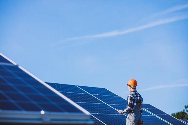 drones en plantas fotovoltaicas